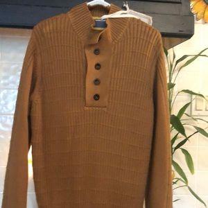 Men's Sweater. Size L NWT